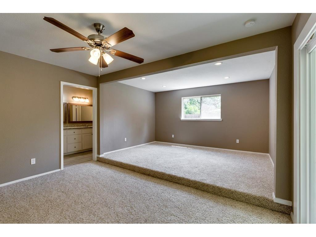 Sold Property | 924 Columbus Court Bedford, Texas 76022 12