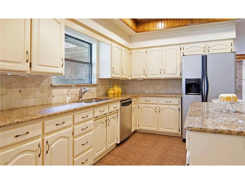 Sold Property | 1404 Belaire  Drive Keller, TX 76262 12