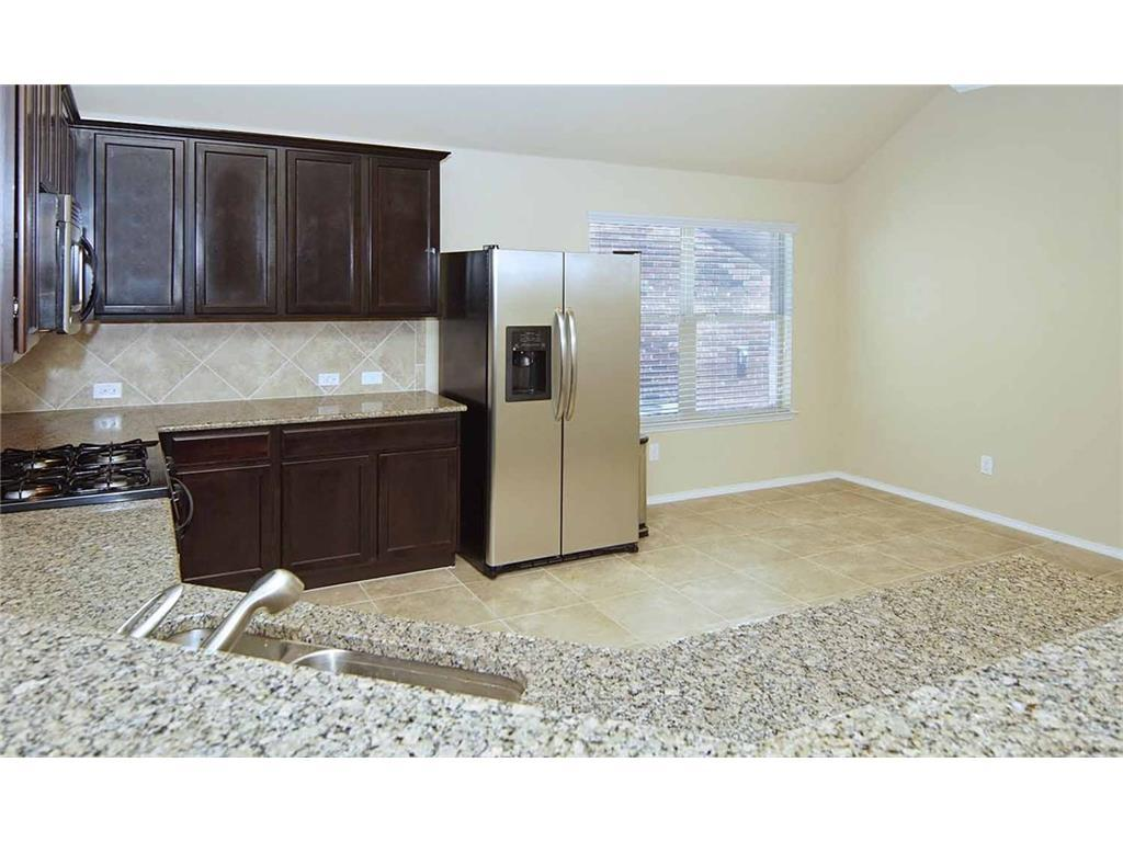 Sold Property | 12521 Autumn Leaves  Trail Fort Worth, TX 76244 11