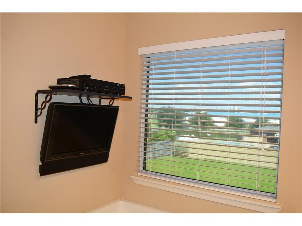 Sold Property   609 Fossil Wood  Drive Saginaw, TX 76179 24
