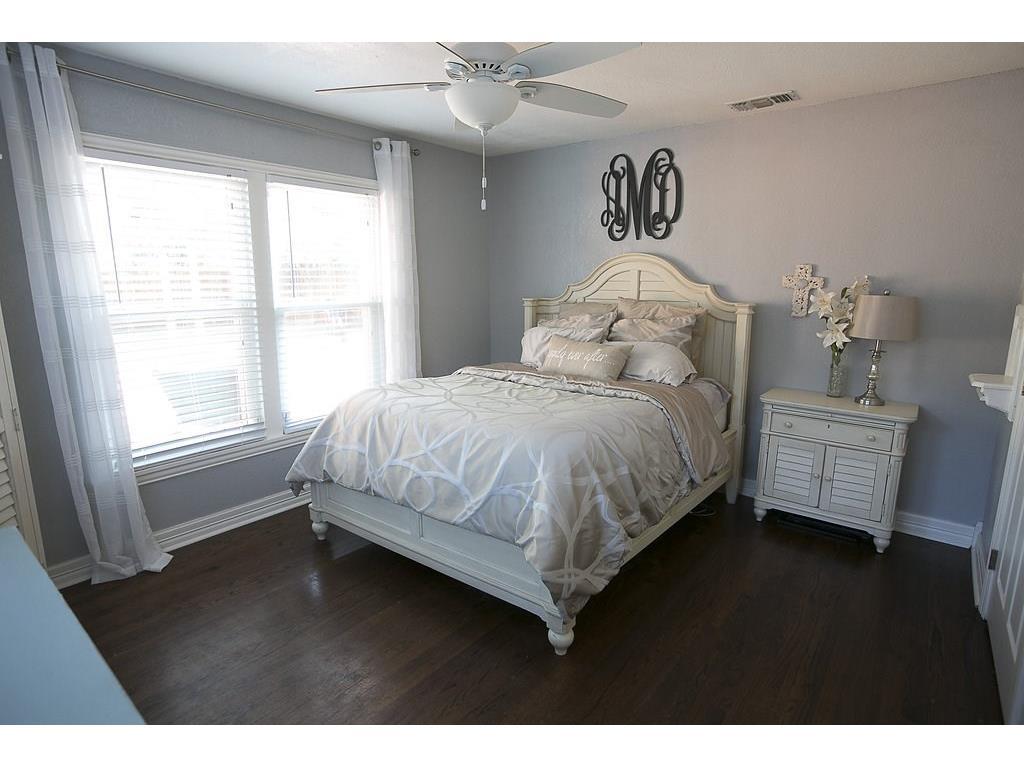 Sold Property | 4905 Birchman  Avenue Fort Worth, TX 76107 10