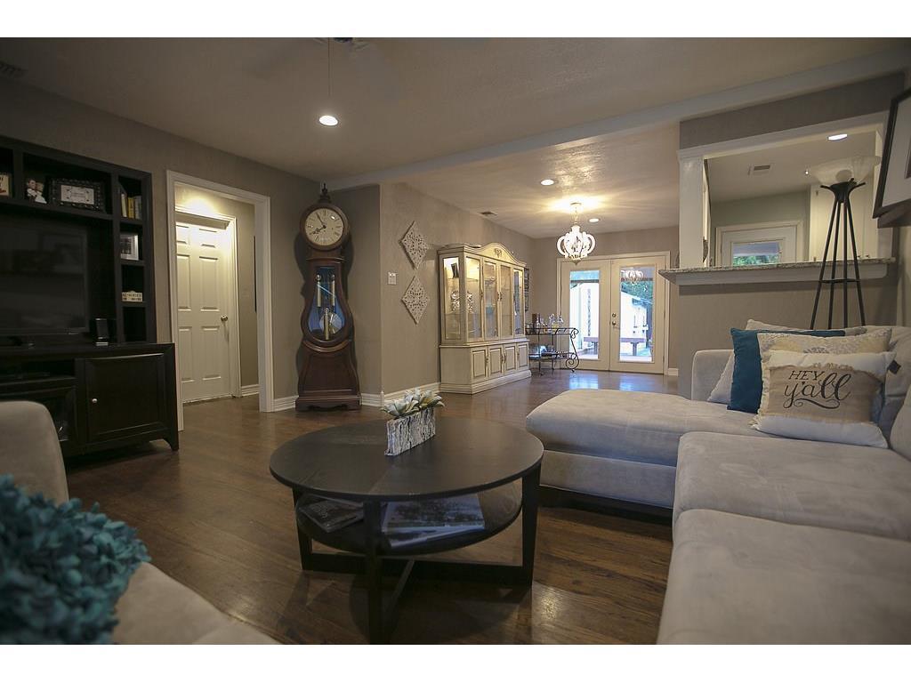 Sold Property | 4905 Birchman  Avenue Fort Worth, TX 76107 3