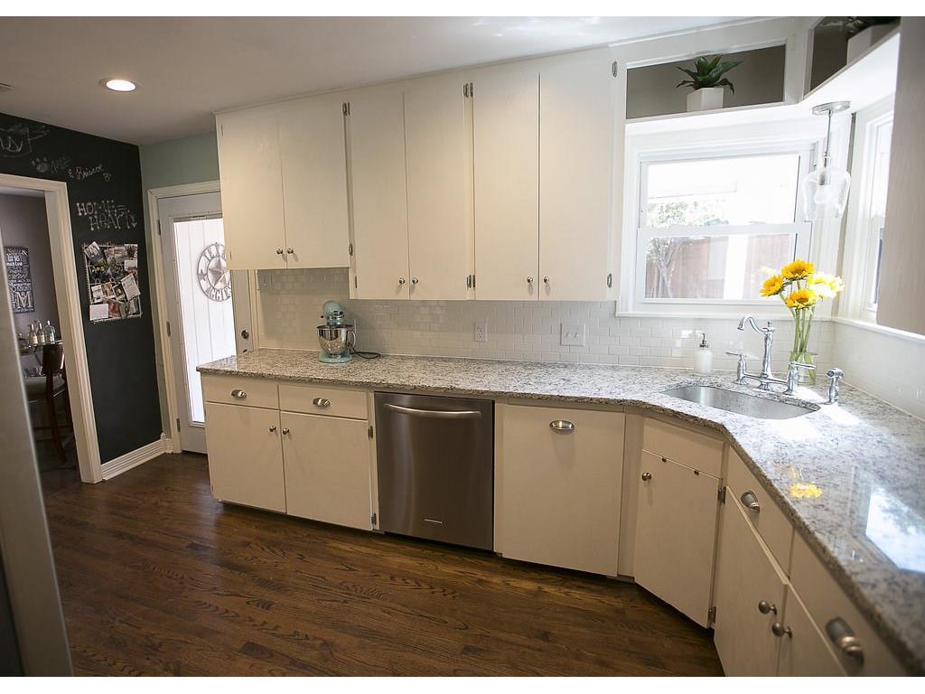 Sold Property | 4905 Birchman  Avenue Fort Worth, TX 76107 7