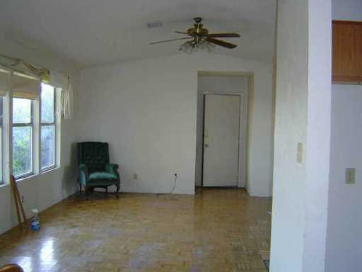 Withdrawn | 10805 Cherry Hollow  XING Leander, TX 78641 3