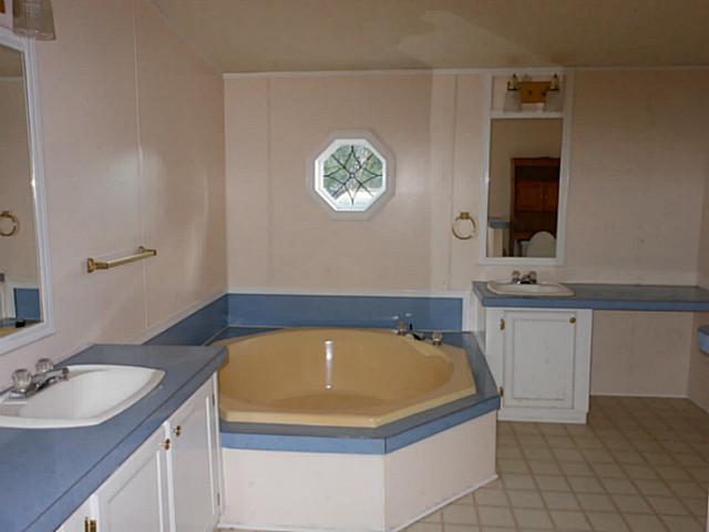 Withdrawn   6208 Paradise Manor  CIR Marble Falls, TX 78654 5