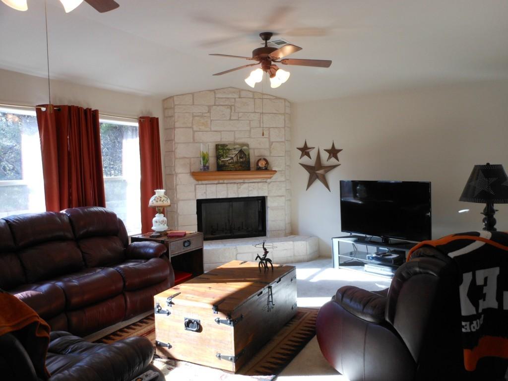 Sold Property | 21452 Lakefront  DR Lago Vista, TX 78645 21