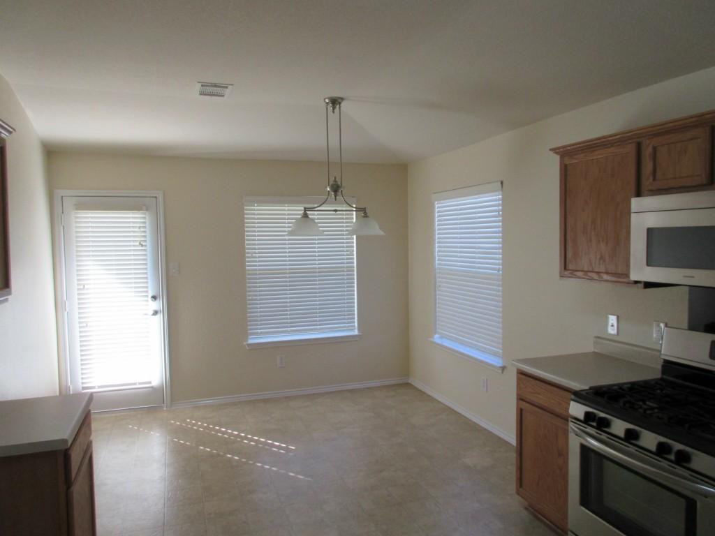 Sold Property | 1015 Remington  DR Leander, TX 78641 6