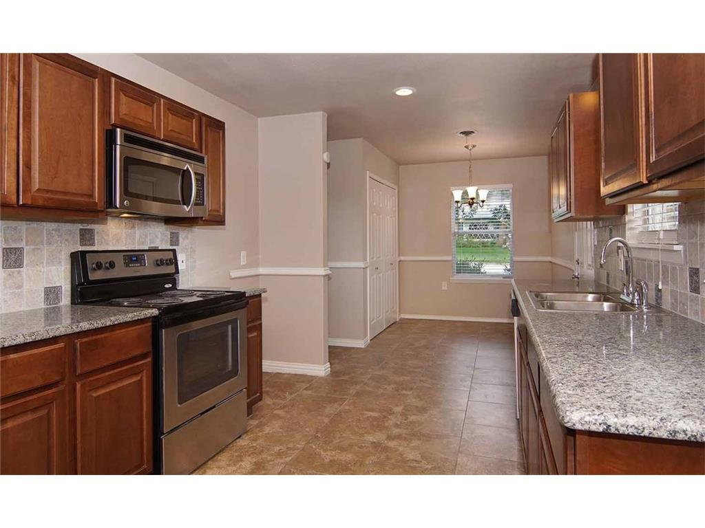 Sold Property   5601 Morley  Avenue Fort Worth, TX 76133 11