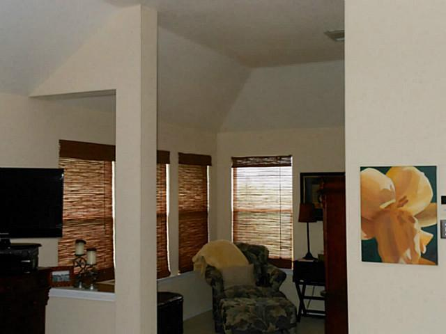 Sold Property | 2417 Hunters Creek  CV Cedar Park, TX 78613 6