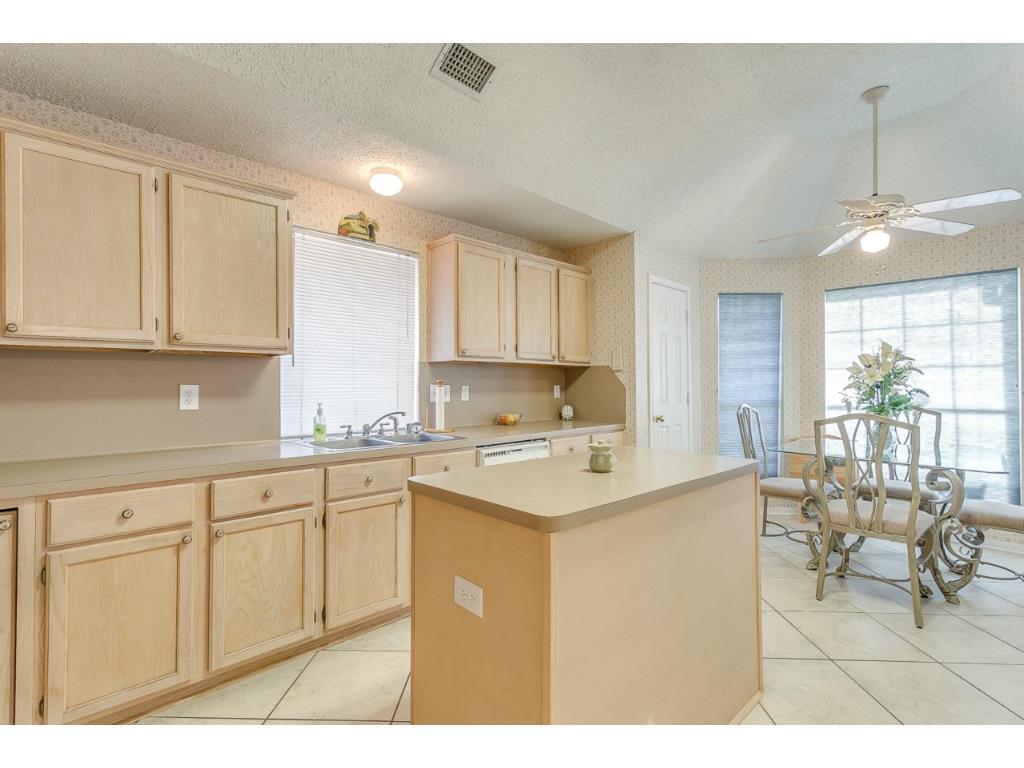 Sold Property | 1214 Belmont  Drive Grand Prairie, TX 75052 9