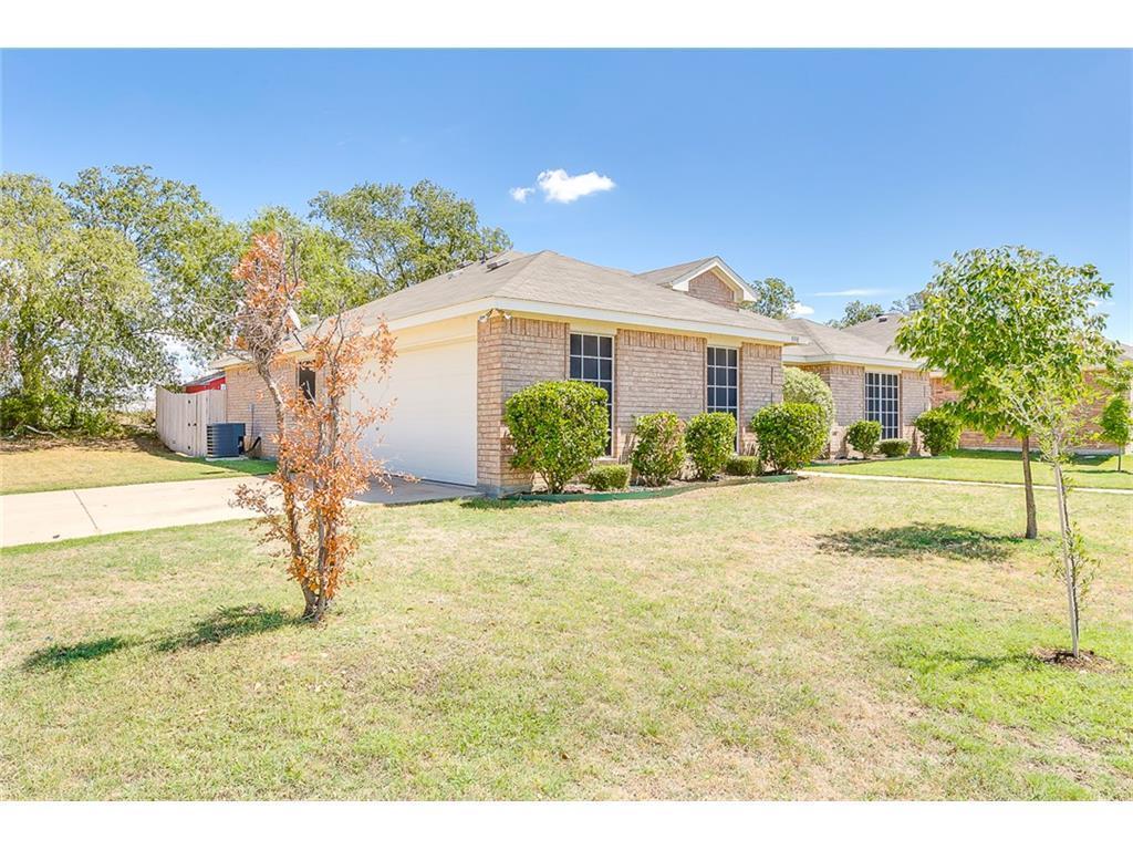 Sold Property | 998 Mesa Vista  Drive Crowley, TX 76036 2