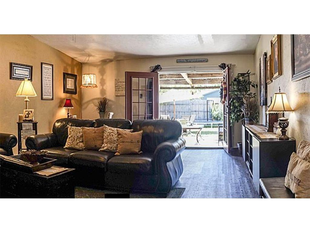 Sold Property | 2321 Denmark Garland, TX 75040 8