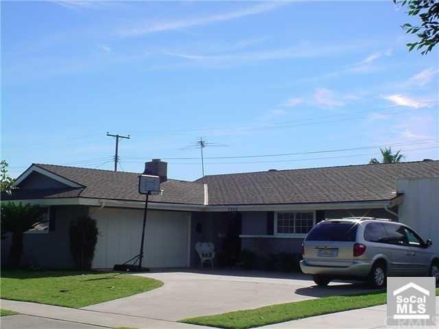 Closed | 1302 ANDREWS Tustin, CA 92780 0