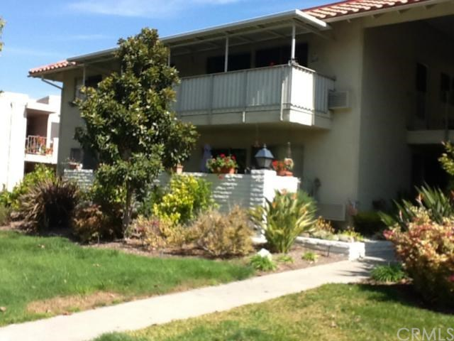 Closed | 2327 Via Mariposa   #O Laguna Woods, CA 92637 0