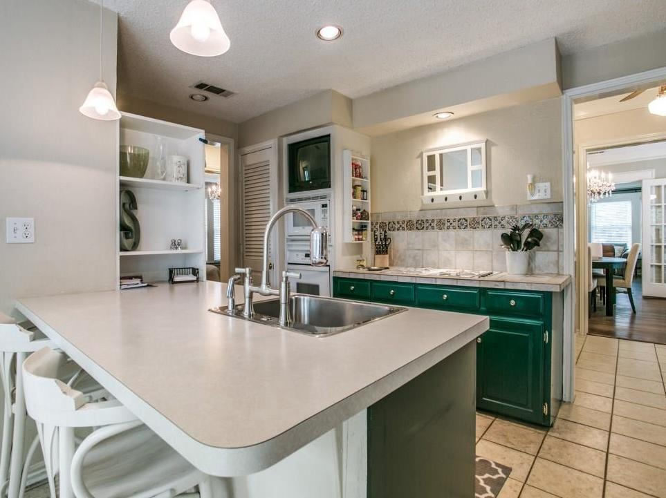 Sold Property | 5243 Ridgedale Avenue Dallas, Texas 75206 11