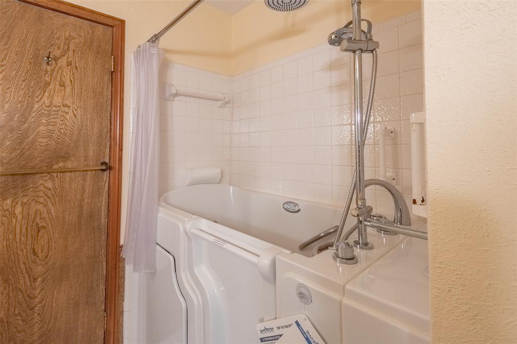 Sold Property   2145 Cambridge  Drive Hurst, TX 76054 19
