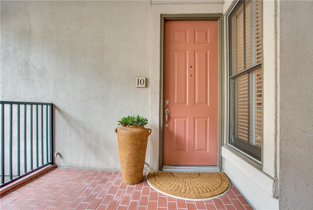Sold Property | 3702 Holland Avenue #10 Dallas, Texas 75219 2