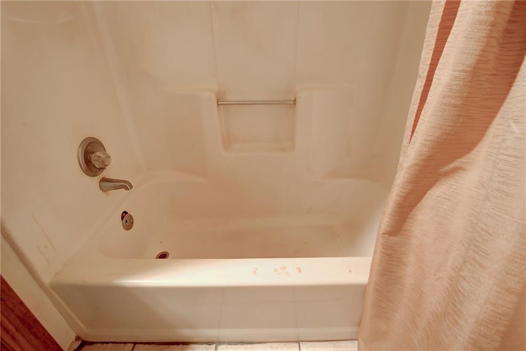 Sold Property | 301 Gardenview Street Denton, Texas 76207 22