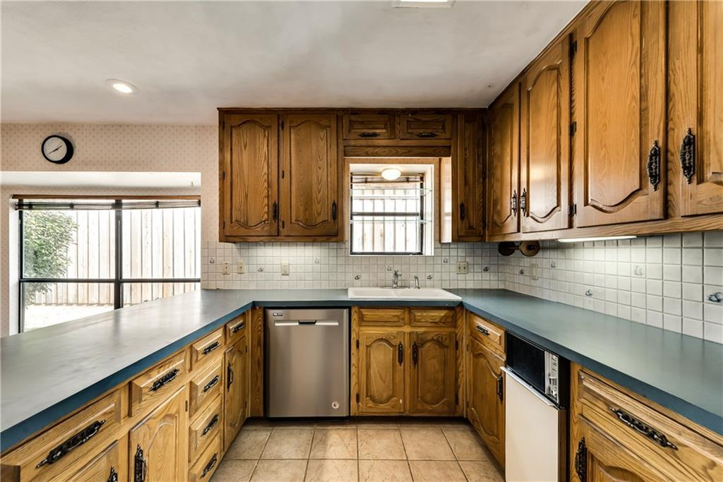 Sold Property | 1132 Yorkshire Carrollton, Texas 75007 12