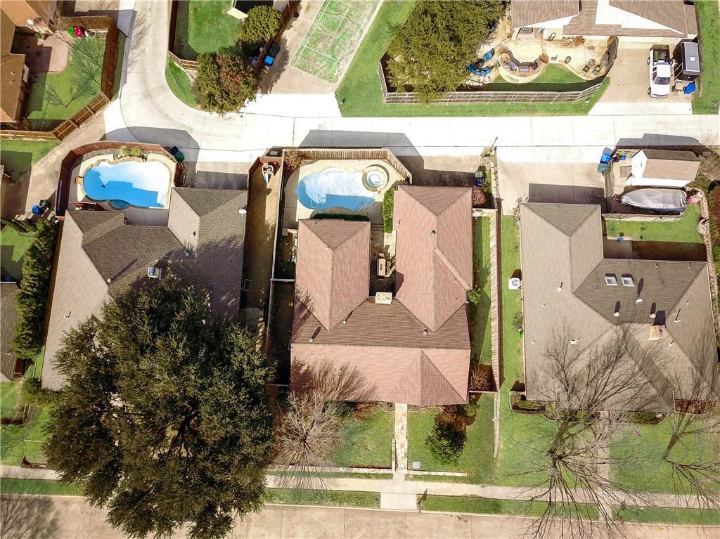 Sold Property | 1132 Yorkshire Carrollton, Texas 75007 5