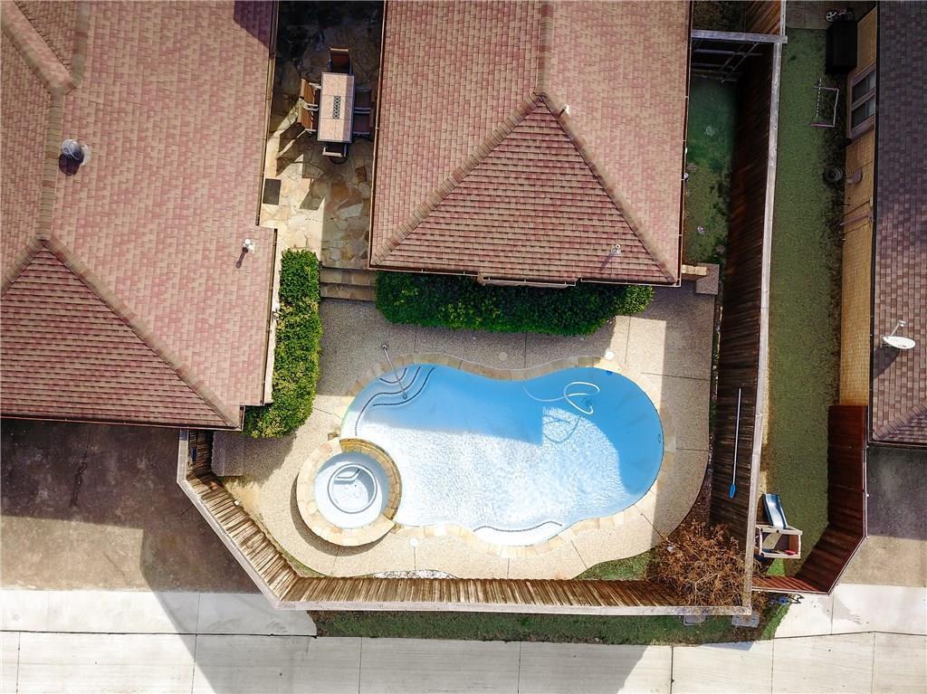 Sold Property | 1132 Yorkshire Carrollton, Texas 75007 6