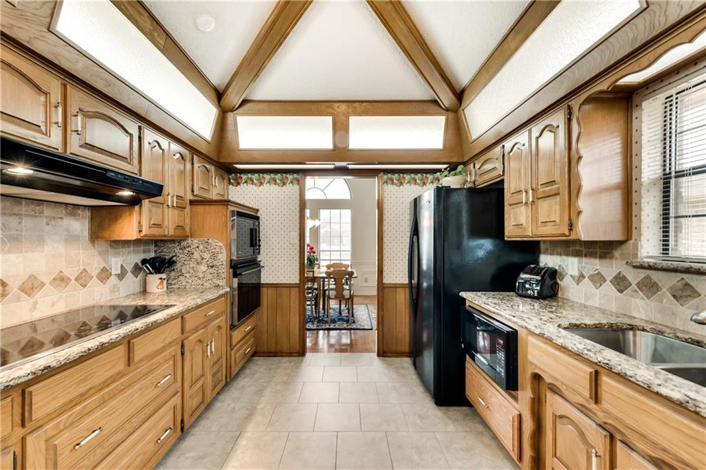 Sold Property | 2502 Willowdale Drive Carrollton, Texas 75006 13