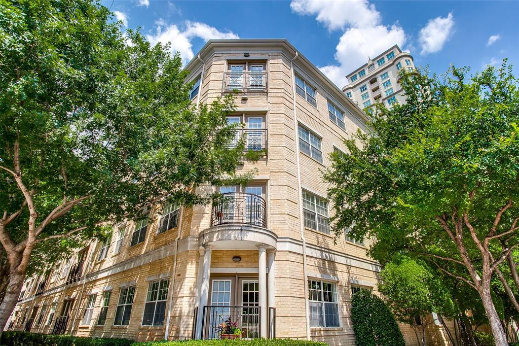 Active | 3400 Welborn Street #213 Dallas, Texas 75219 31