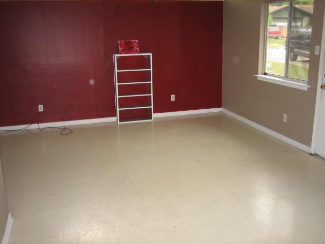 Sold Property   11804 North Oaks  DR Austin, TX 78753 7