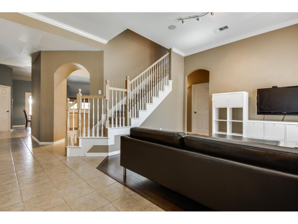 Sold Property | 6625 Brentwood  Lane The Colony, TX 75056 2