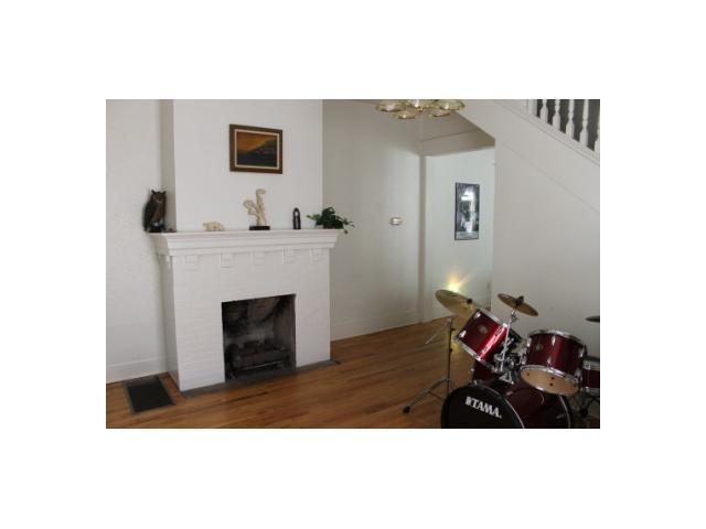 Sold Property | 3111 Hemphill  PARK Austin, TX 78705 2