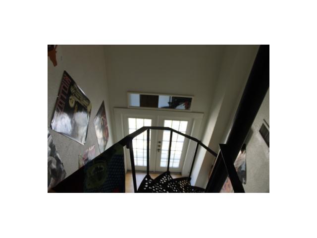 Sold Property | 3111 Hemphill  PARK Austin, TX 78705 9