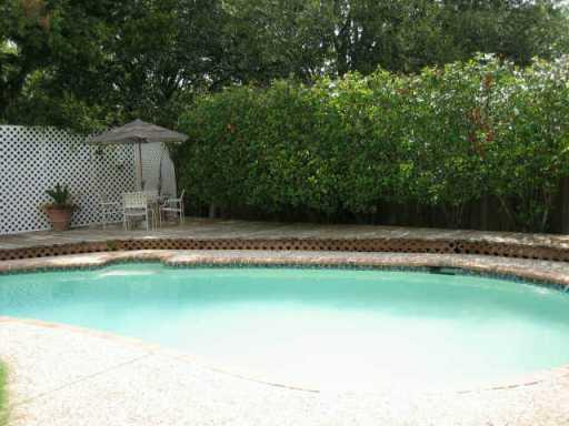 Sold Property | 10611 Parkfield  DR Austin, TX 78758 1