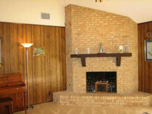 Sold Property | 10611 Parkfield  DR Austin, TX 78758 7