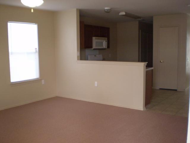 Leased | 13904 Briarcreek Manor, TX 78653 3
