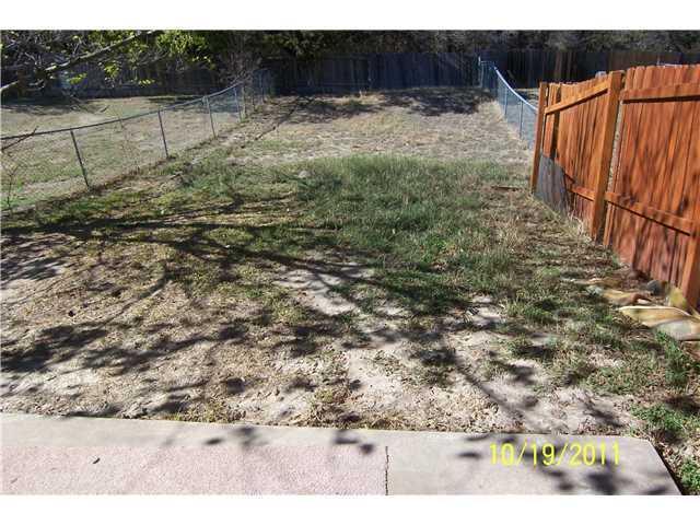 Leased   11512 Walnut Ridge   #B Austin, TX 78753 12