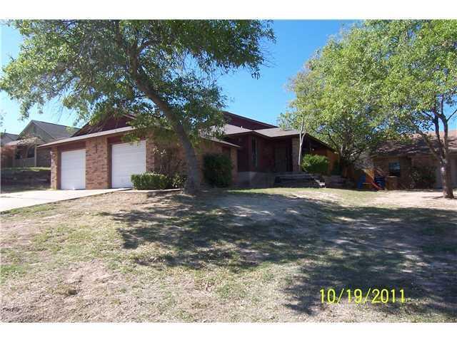 Leased   11512 Walnut Ridge   #B Austin, TX 78753 2
