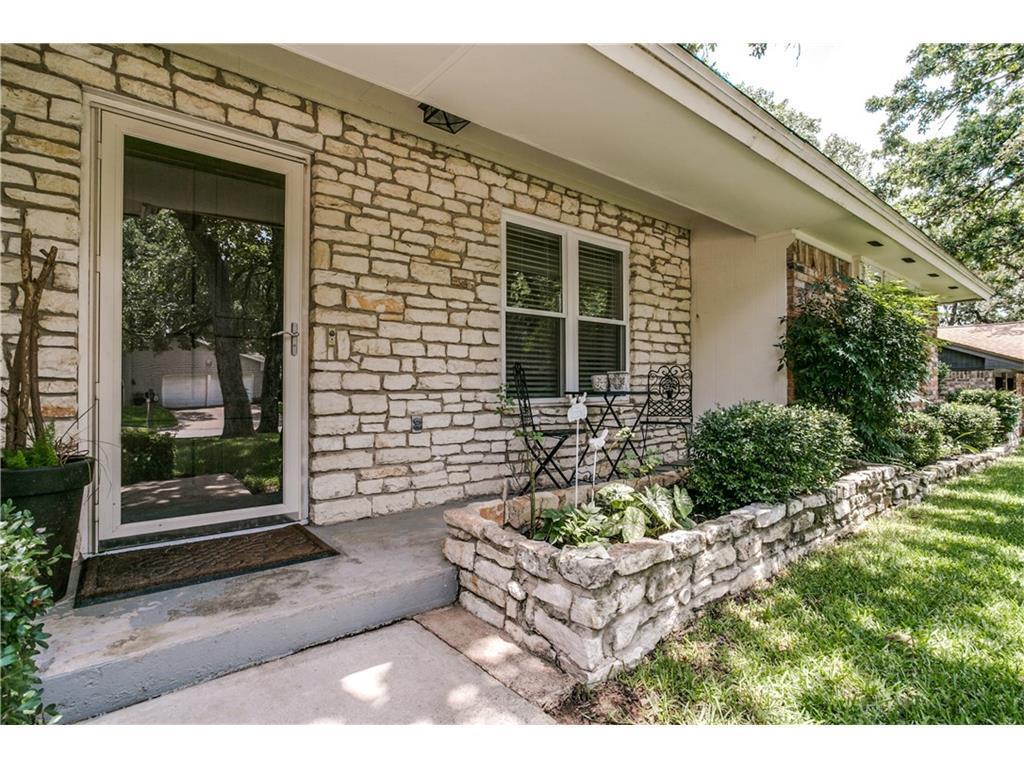 Sold Property | 2125 Twin Elms Drive Arlington, Texas 76012 2