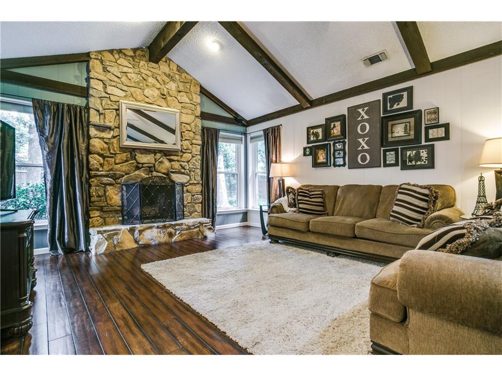 Sold Property | 2125 Twin Elms Drive Arlington, Texas 76012 5