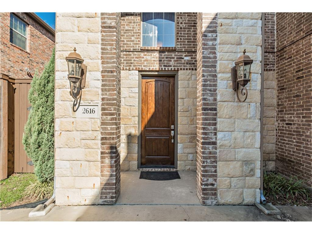 Sold Property | 2616 N Henderson  Avenue Dallas, TX 75206 1