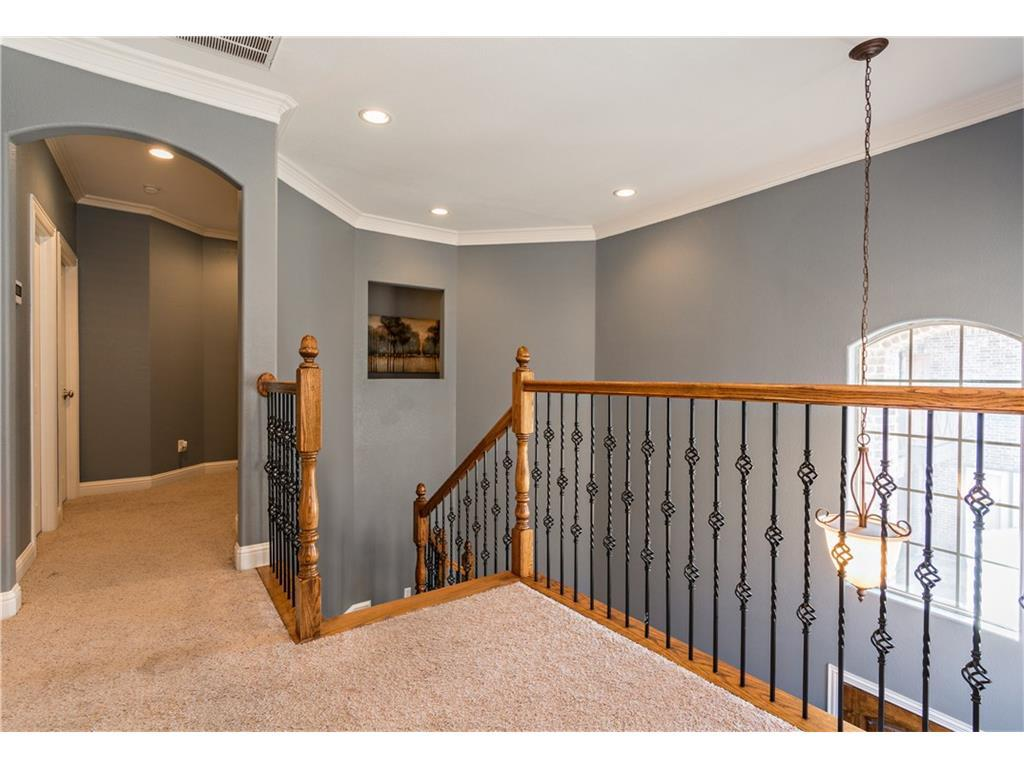 Sold Property | 2616 N Henderson  Avenue Dallas, TX 75206 15