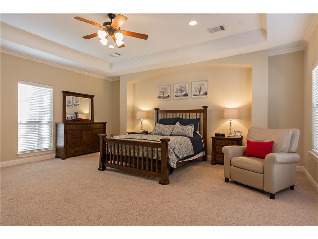 Sold Property | 2616 N Henderson  Avenue Dallas, TX 75206 21