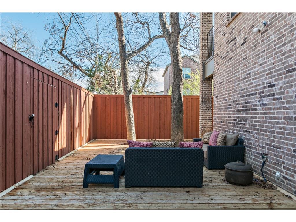 Sold Property | 2616 N Henderson  Avenue Dallas, TX 75206 30