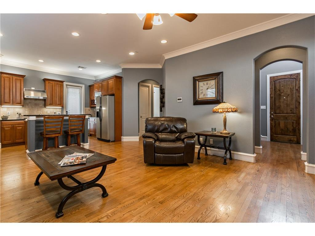 Sold Property | 2616 N Henderson  Avenue Dallas, TX 75206 6