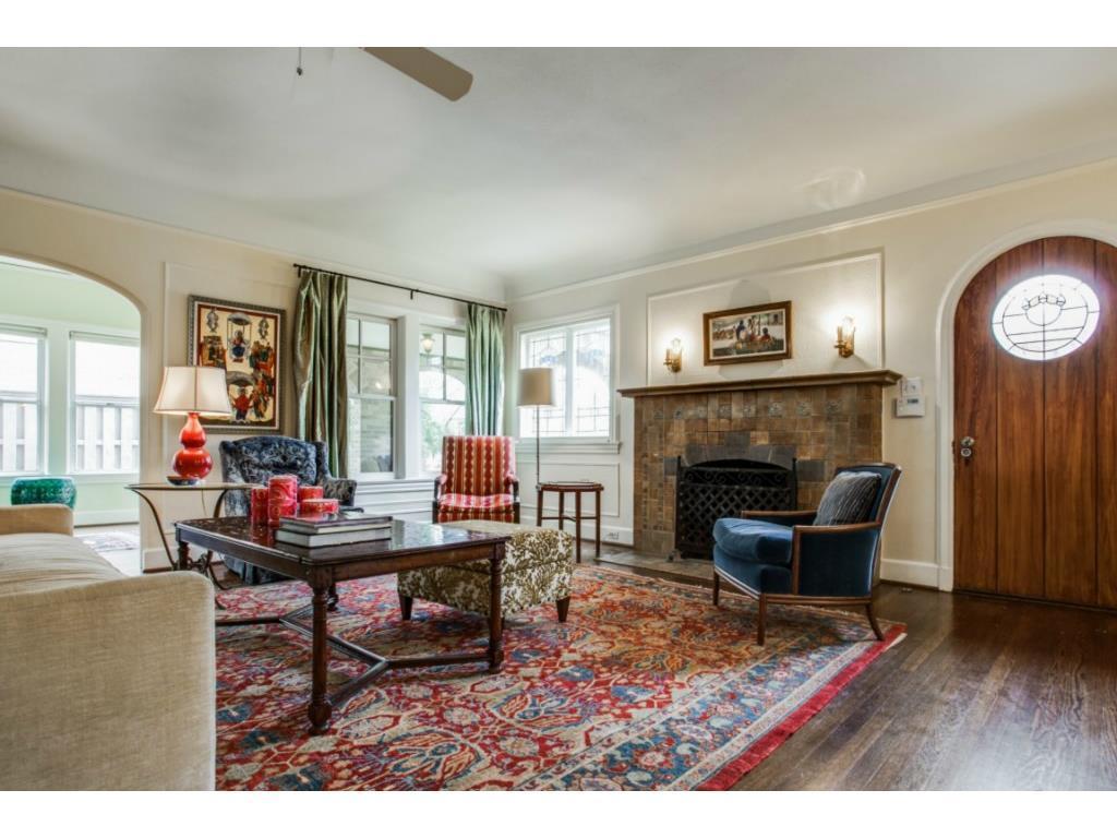 Sold Property | 6709 Lakewood  Boulevard Dallas, TX 75214 1