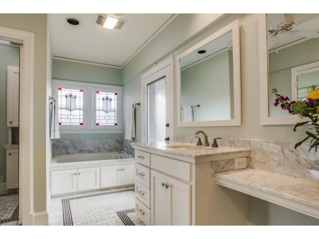 Sold Property | 6709 Lakewood  Boulevard Dallas, TX 75214 14