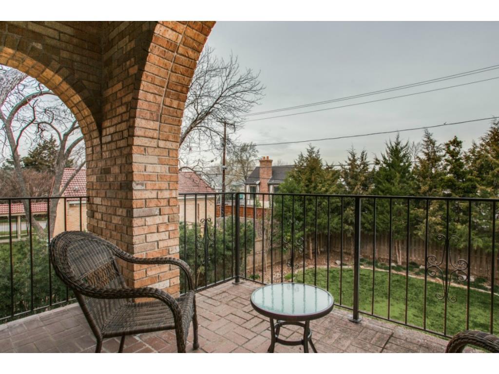 Sold Property | 6709 Lakewood  Boulevard Dallas, TX 75214 19