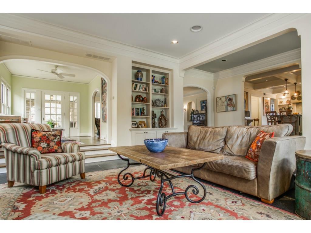 Sold Property | 6709 Lakewood  Boulevard Dallas, TX 75214 4