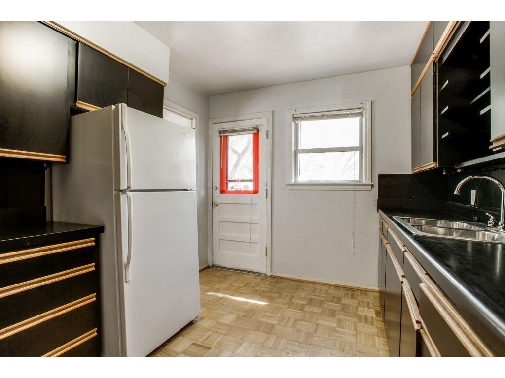 Sold Property   9014 Daytonia  Avenue Dallas, TX 75218 12