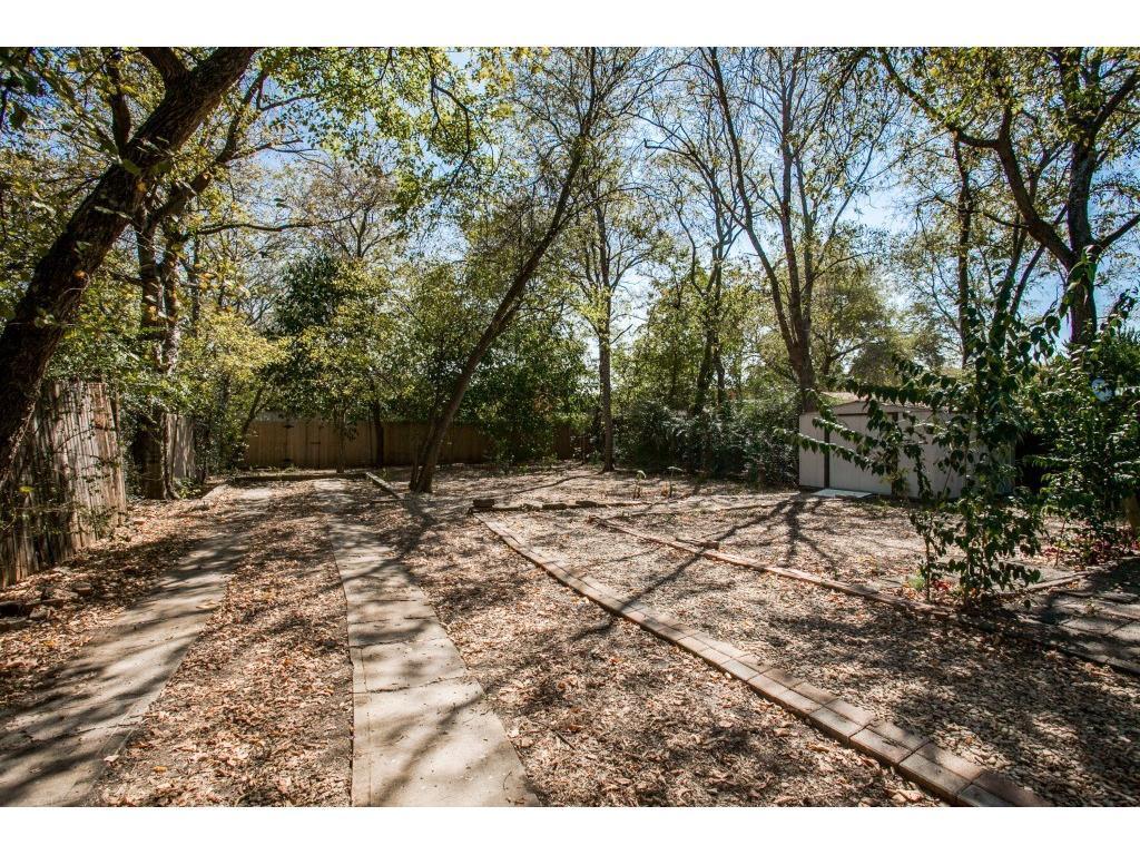 Sold Property   9014 Daytonia  Avenue Dallas, TX 75218 22