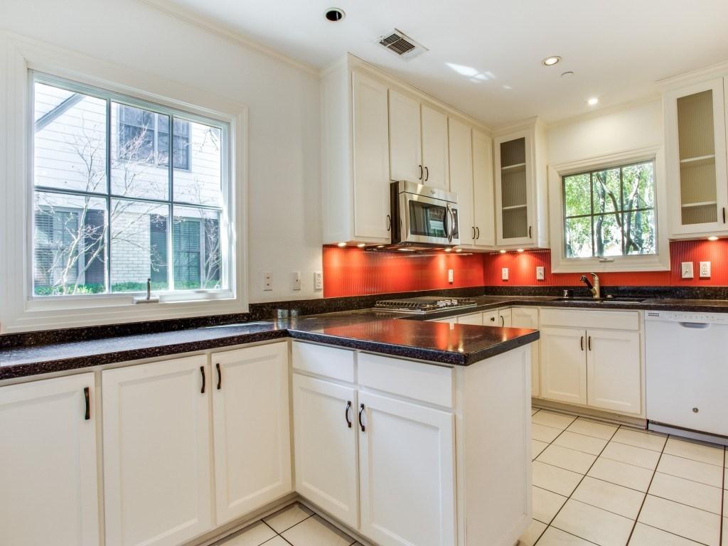 Sold Property   7028 Westlake Avenue Dallas, Texas 75214 10